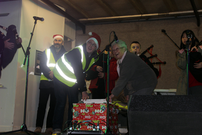 Flora Pagan switches on lights at Govan Loves Christmas